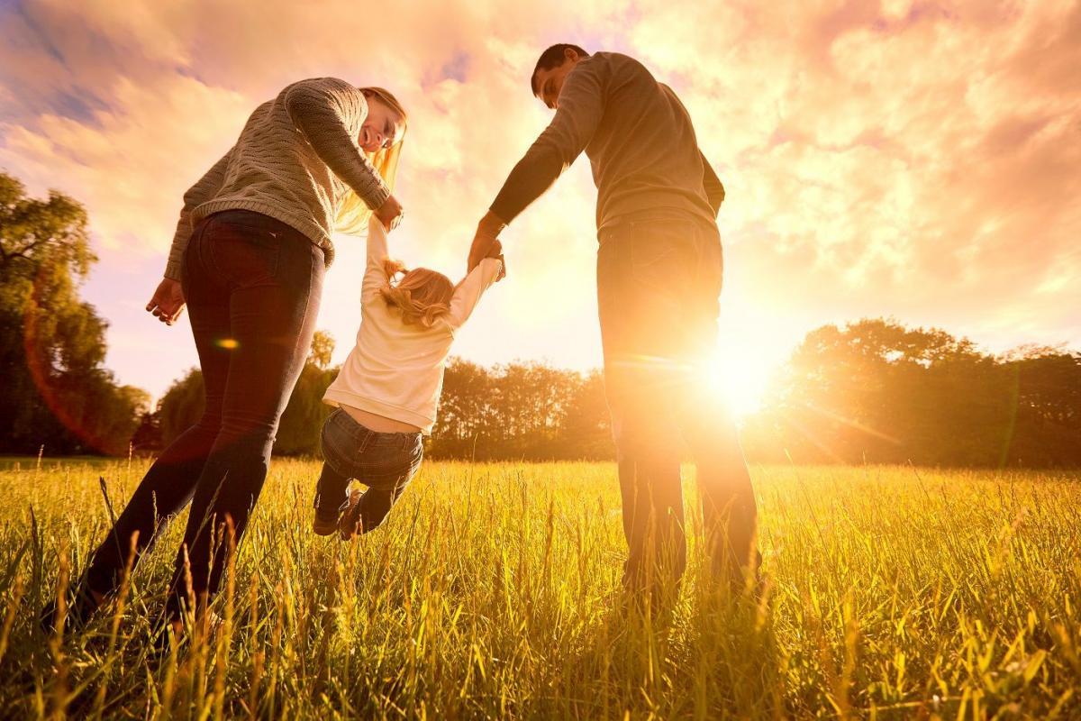 12 dolog, amit feltétlen meg kell, hogy taníts a gyermekednek