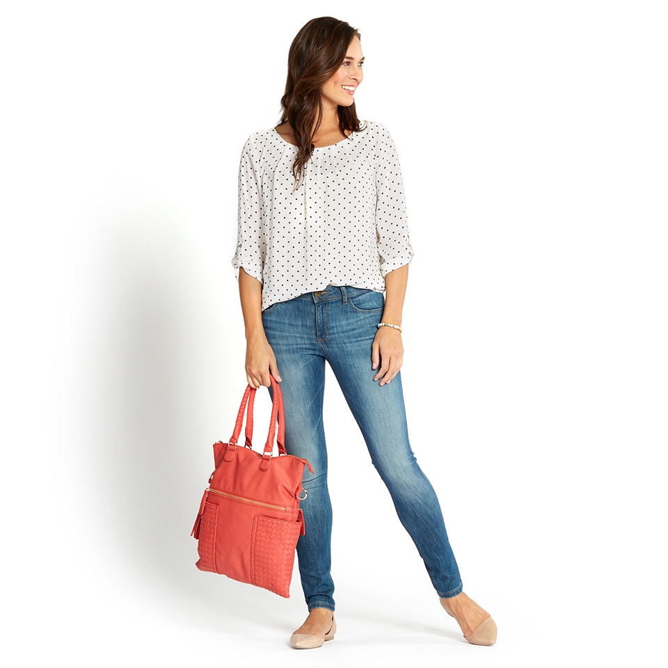 https://s3.amazonaws.com/com.stitchfix.blog/wp-content/uploads/2015/05/10194422/2015_04_23_5_Mom_Tips_0209.jpg