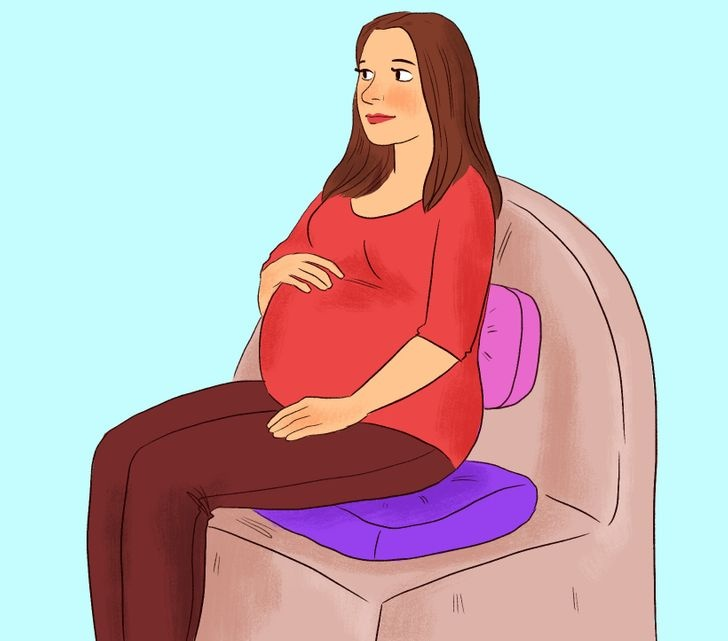 7 Postures to Have During Pregnancy That Are Good for You and Your Baby